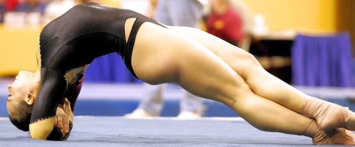 Голые женщины гимнастика 56